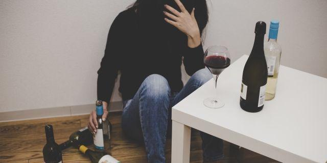 アルコール依存症を理由に離婚するには
