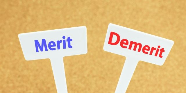 離婚裁判を弁護士に依頼するメリット・デメリット