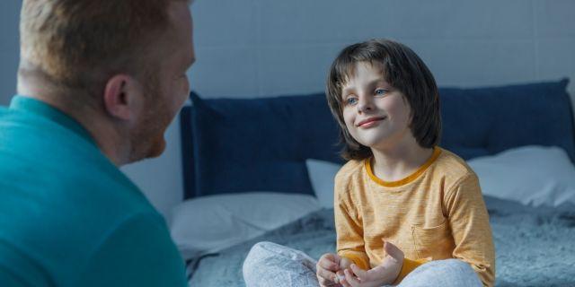 父子家庭だけでなく収入が減った場合に受けられる手当や支援